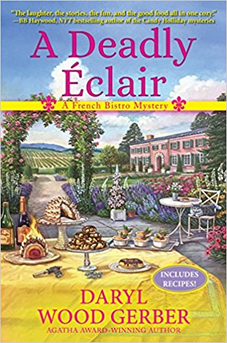 A Deadly Éclair: A French Bistro Mystery